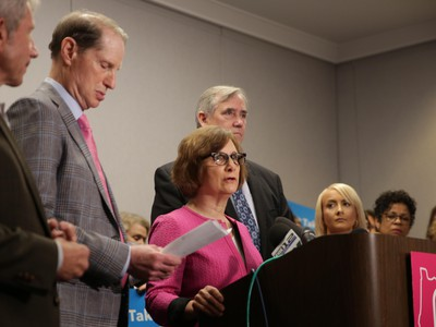 Oregon Congressional Delegation Members Speak Against Abortion Restrictions