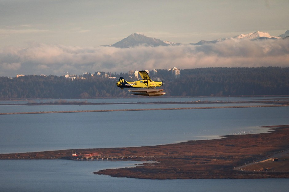 The first flight of the Harbour Air e-Plane was planned as one short loop, which lasted about 5 minutes.