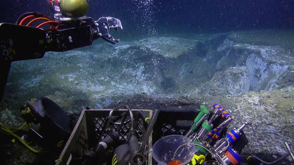 Oregon-based researchers deployed an ROV to sample methane vents off the Pacific Northwest coast this summer.