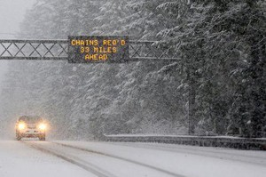 There's a possibility of 8 to 12 inches of snow on Oregon's mountain passes, likely beginning Thanksgiving night.