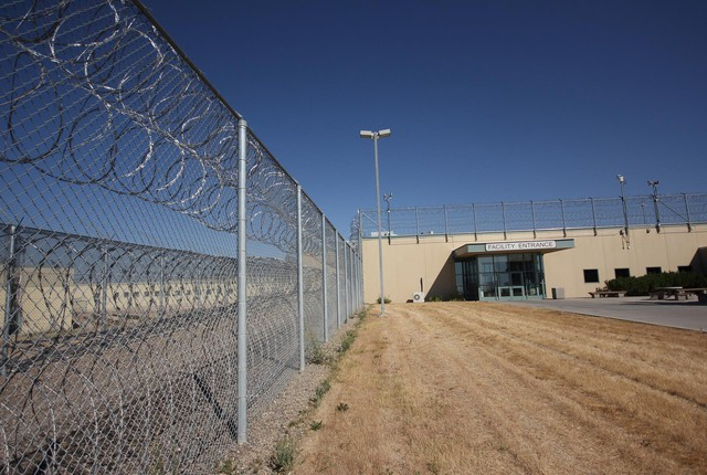 Snake River Correctional Institution holds nearly 3,000 of the state's roughly 15,000 inmates.