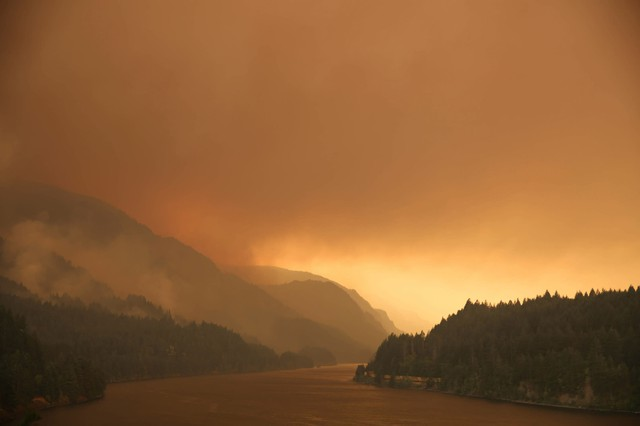 Smoke from the Eagle Creek Wildfire fills the Columbia River Gorge.
