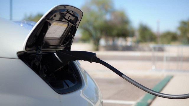Some lawmakers hope that adding public charging stations across the state will help convince people to buy electric cars and take them on longer road trips.
