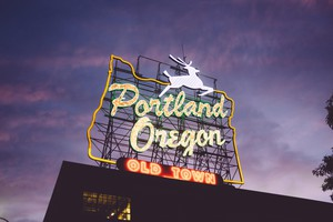 Why is Portland, Oregon, emerged as the vanguard of American food and beverage culture?