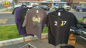 Customers were still trickling in to buy deeply discounted eclipse T-shirts outside the 76 gas station in Prineville, Oregon, Tuesday, Aug. 22, 2017.