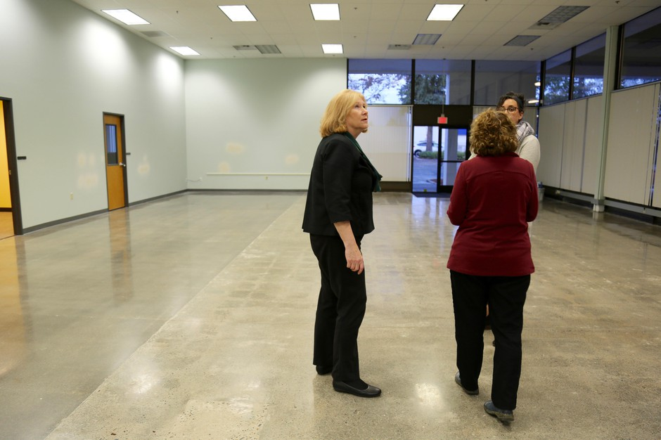 Vancouver Mayor Anne McEnerny-Ogle takes a tour of the Vancouver Navigation Center, the city's 5,000-square-foot homeless day center, in 2018.
