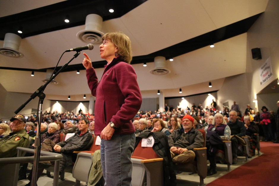 A woman asks a question of Rep. Greg Walden, R-Ore., in Bend on Jan. 19, 2019.