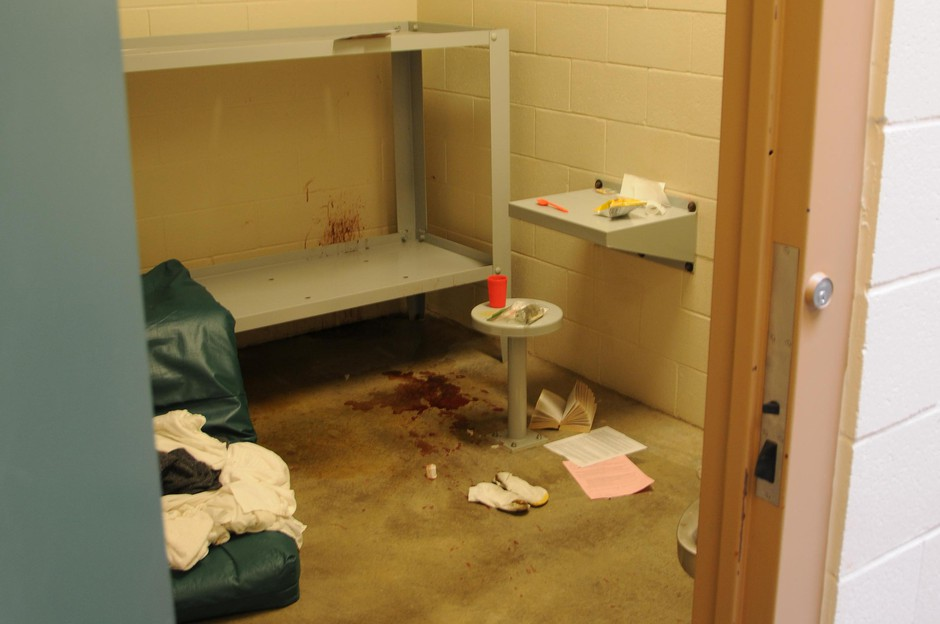 Photo showing James Wippel's cell in the Jefferson County Jail in Madras, Ore.