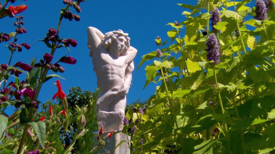 The Oregon Garden, A Labyrinth Of Botanical Wonders And Creative ...